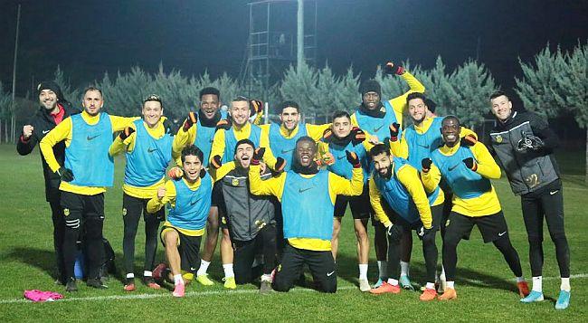 YMS, Fenerbahçe Maçı Hazırlığına Başladı