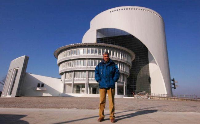 Büyükşehir Binasının Ödüllü Mimarı Alp Vefat Etti