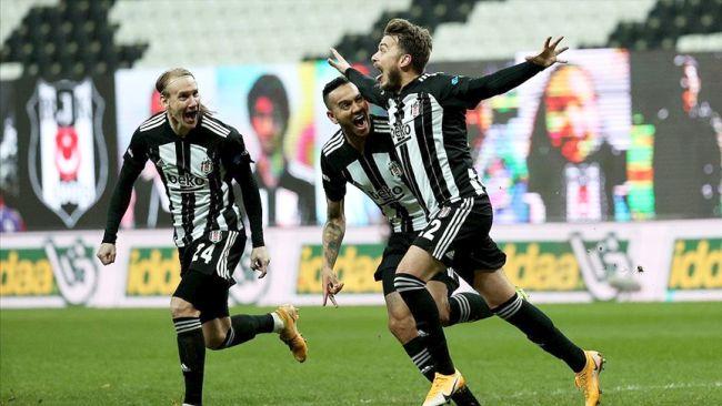 Beşiktaş İlk Yarıyı Lider Bitirdi
