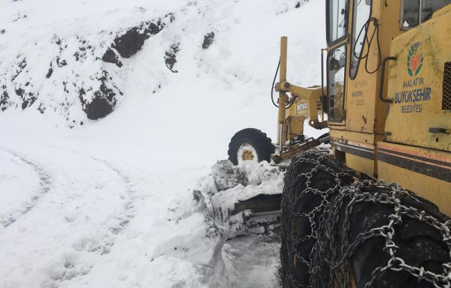 Kardan Kapanan 601 Kırsal Mahalle Yolu Açıldı