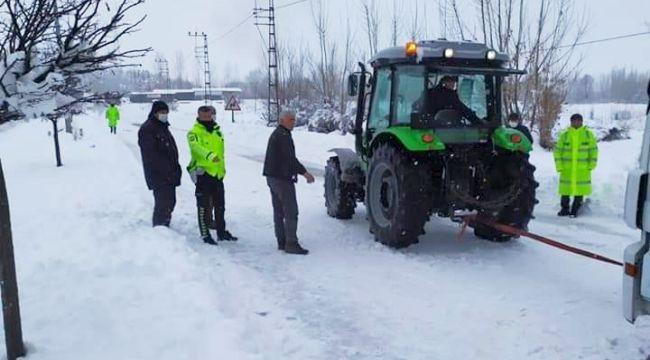 Kar, Tipi ve Buzlanma Ulaşımı Aksatıyor