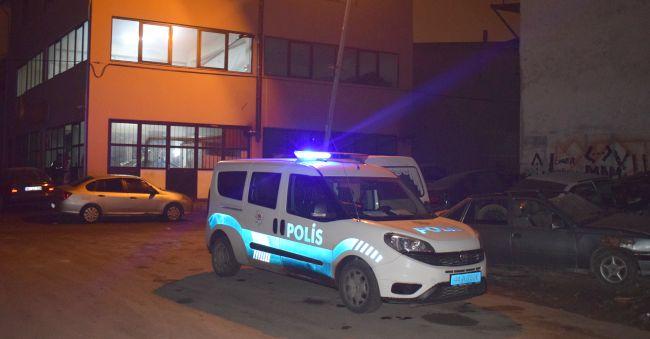 Silahlı Saldırılarda 2 Kişi Yaralandı