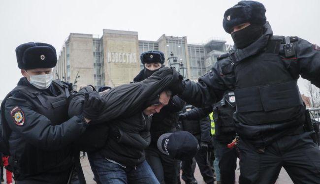 protesto rusya