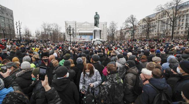 Rusya'da Protesto Gösterileri