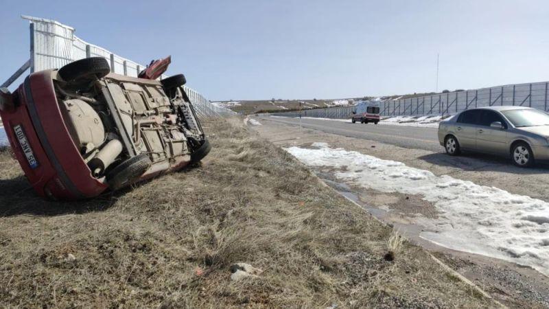 Trafik Kazasında İki 112 Personeli Yaralandı