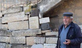 88 Yaşındaki 'İflah Olmaz Taş Aşığı'