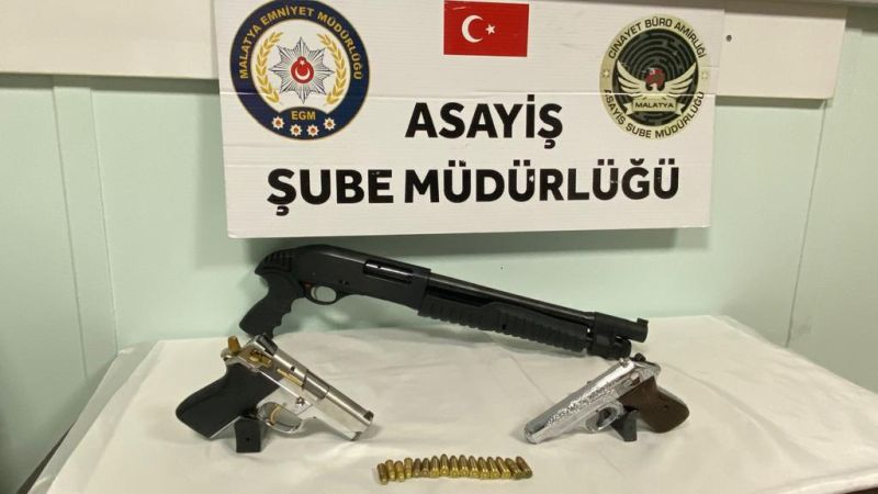Polis ve Jandarma 6 Silah Ele Geçirdi