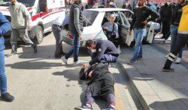 Otomobille Motosiklet Çarpıştı: 3 Yaralı