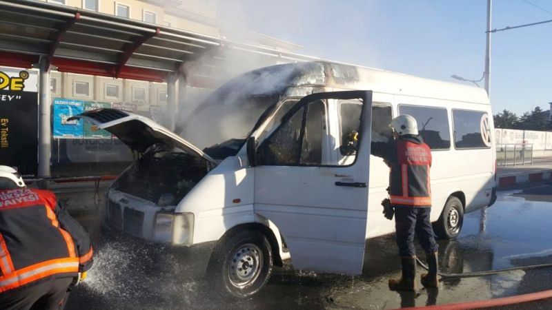 yangin minibus2