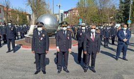 Polisten Atatürk Anıtı ve Şehitlik'te Törenler