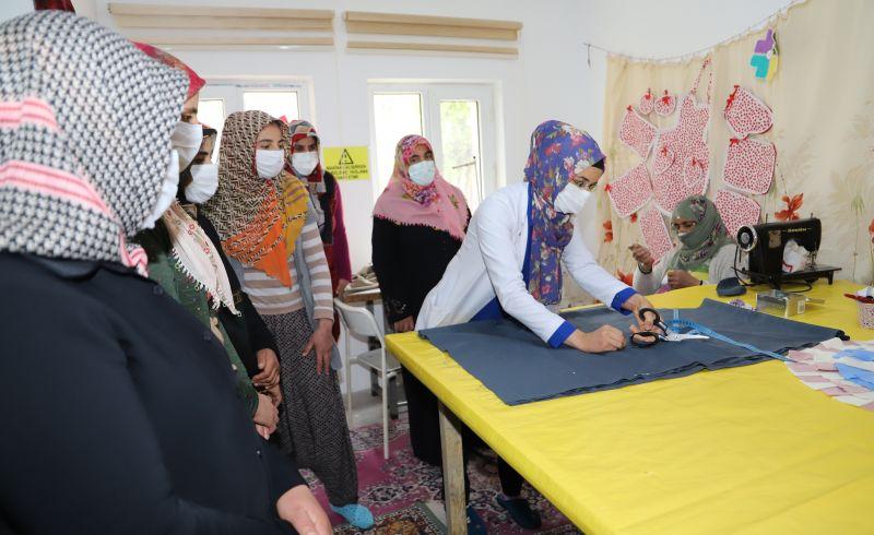 B.Gazi Belediyesinden Kadınlar İçin Kurs