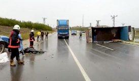 Traktör Kamyonla Çarpıştı, Sürücüsü Öldü