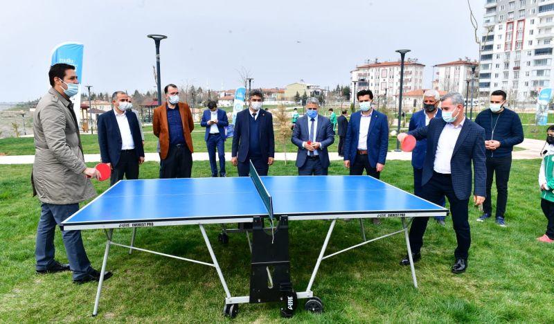 'Yeşilyurt Masa Tenisi Oynuyor' Etkinliği