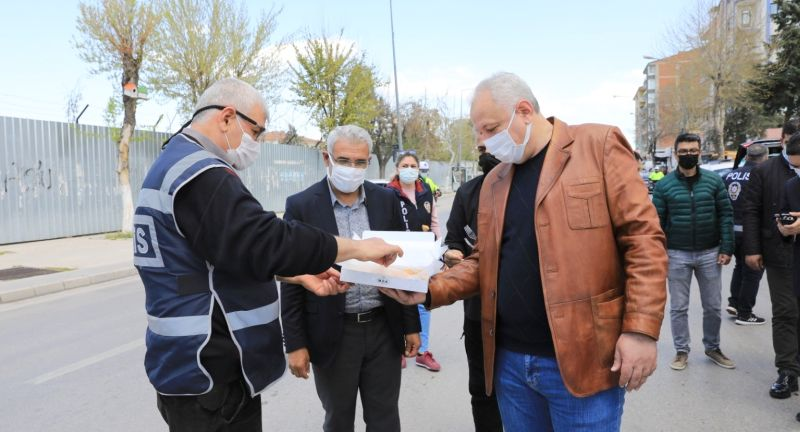 Battalgazi'deki Polislere Kutlama Ziyareti