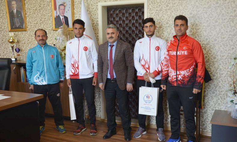 Balkan Derecesi Alan Kuzenlere Kutlama