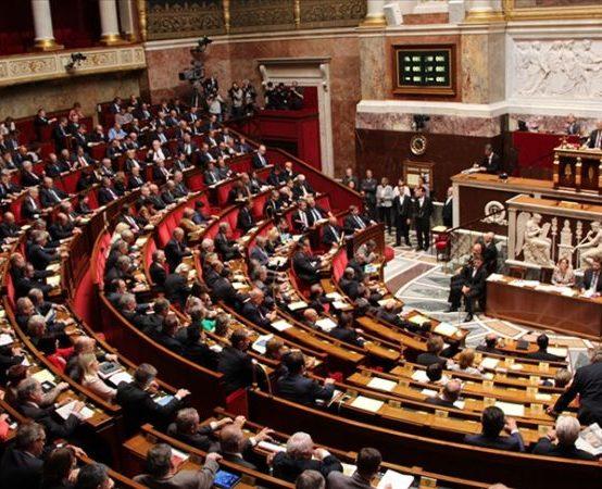 Fransa Meclisine Emekli Generallerden İç Savaş Uyarısı