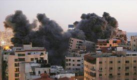 """""""İsrail, Gazze Şeridinde Katliam Yapıyor"""""""