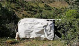 Minibüs Şarampola Yuvarlandı, 2 Yaralı Var