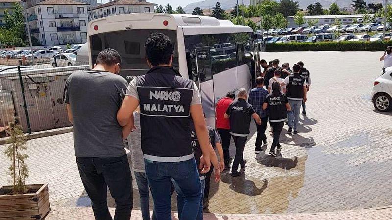 Narkotik'in Yakaladığı 17 Torbacı Daha Tutuklandı