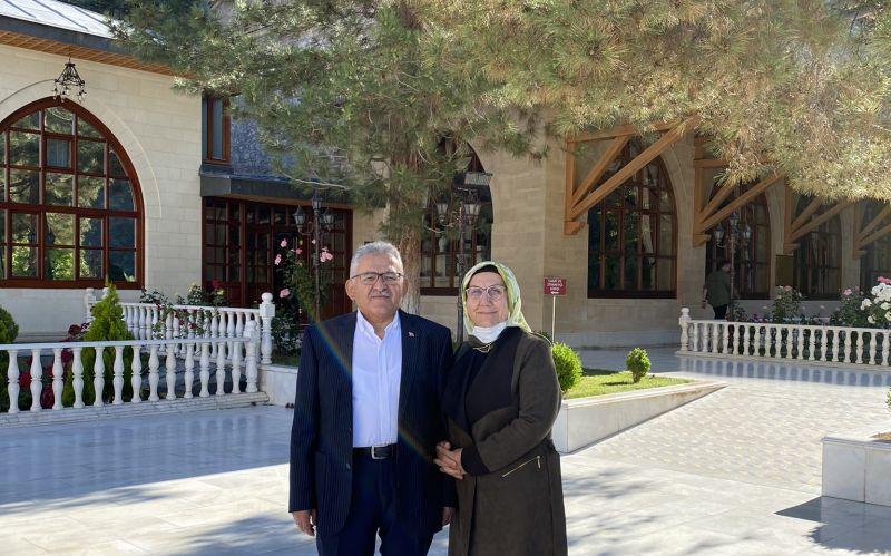 Kayseri Büyükşehir Başkanı Darende'de