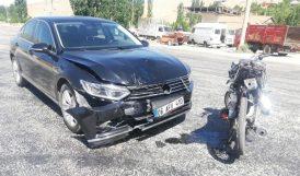 Otomobil Motosiklete Çarptı, Sürücüsünü Yaraladı