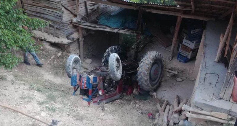 Yazıhan'da Traktör Devrildi, 1 Yaralı