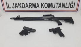 Durdurulan Araçta 3 Silah Ele Geçti