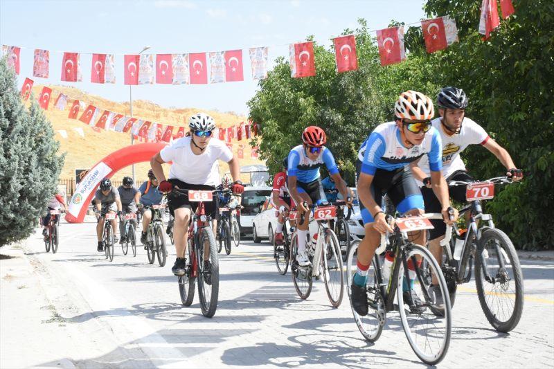 Bisiklet Yarışı Yapıldı