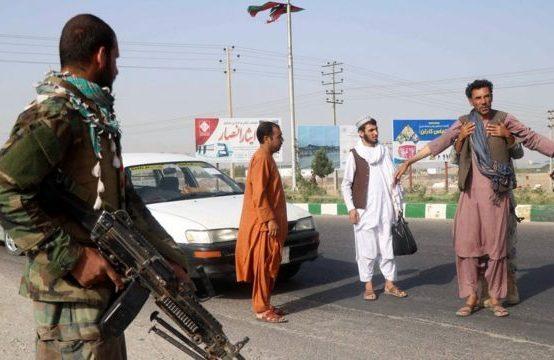 Afganistan'ın 34 Vilayetinden 31'inde Sokağa Çıkma Yasağı Geldi