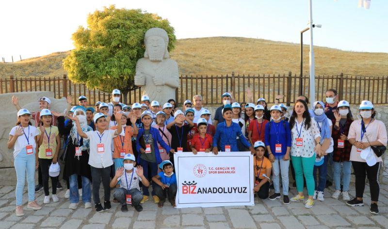Şanlıurfalı Öğrenciler Arslantepe'yi Gezdiler