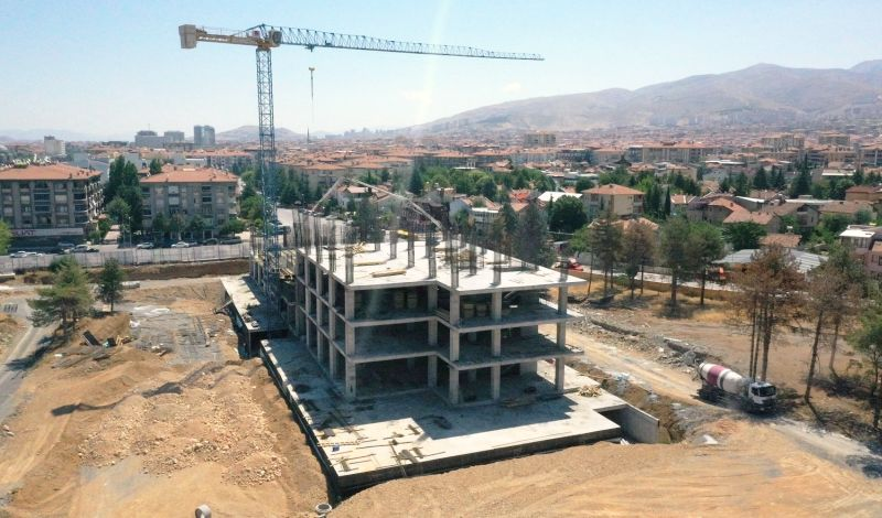 'Belediye Binamız Yeni Cazibe Merkezi'