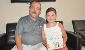 8 Yaşında.. Hikaye Kitabı Yazdı