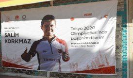 Olimpiyattaki İlk Malatyalıya Destek Pankartları