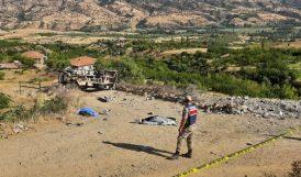 Kamyon Şarampola Yuvarlandı, 2 Kişi Öldü
