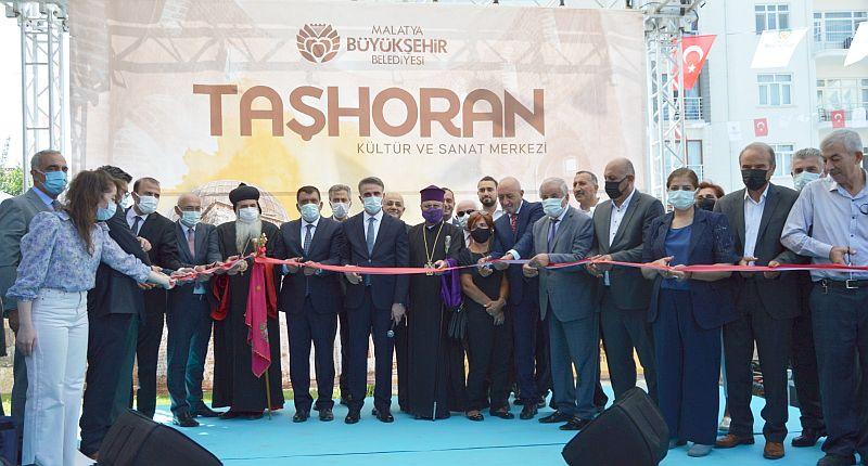 Taşhoran Kilisesi ve Kültür Merkezi Açıldı
