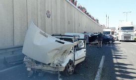 Alt Geçitte Üç Aracın Karıştığı Kazada 3 Yaralı