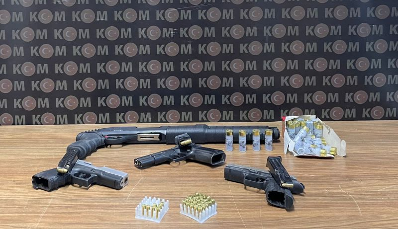 Silahlı Eylem Hazırlığındaki Çeteye Gözaltı