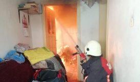 Evdeki Yangına İtfaiye Müdahale Etti