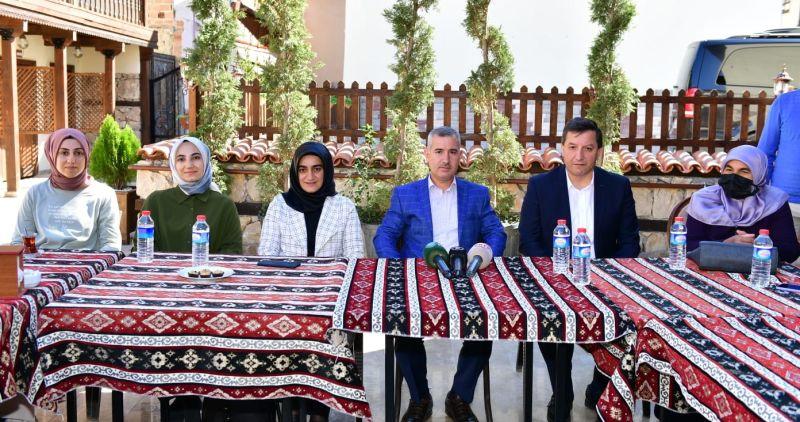 Çınar, TÜGVA Yönetimini Çırmıhtı'da Ağırladı