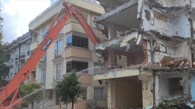 Yüz Binlerce Bina Yıkıldı, Kararname Çıktı!